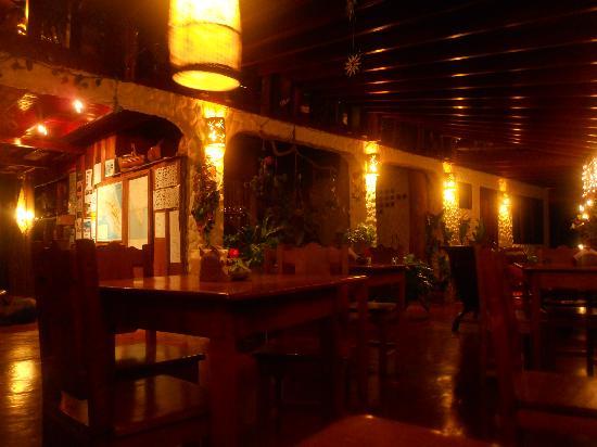 Hotel Amor de Mar: lounge at night
