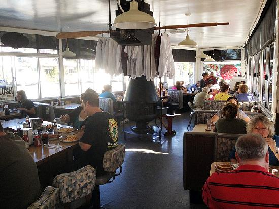 Chuck's Coffee Shop: Odd shaped interior holds about a dozen tables.
