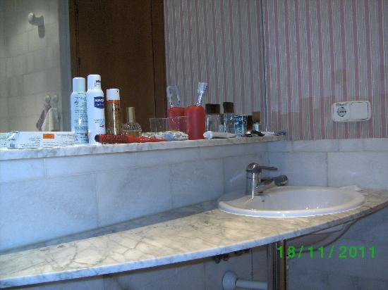Hotel Rosamar: Salle de bain