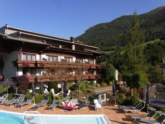 Theresia Gartenhotel: Schokoladenseite vom Hotel