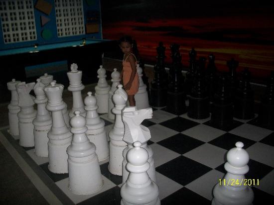 Tamaraw Beach Resort: tamaraw play room