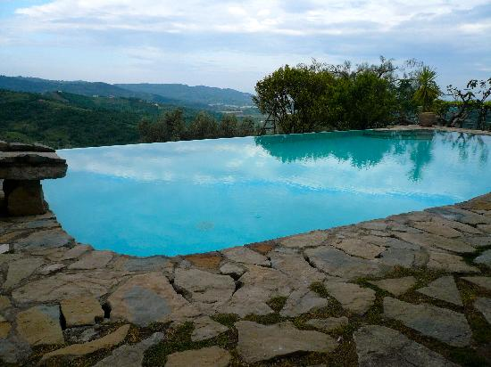 Infinity Pool at Domus Laeta