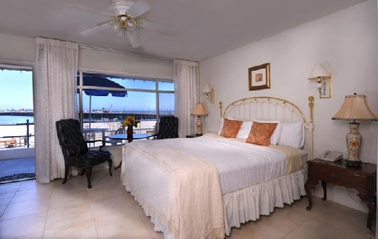 Casablanca Inn on the Beach: Oceanfront Bungalow