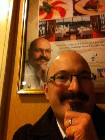 Crowne Plaza Niagara Falls - Fallsview: Here's me in front of Massimo Capra's poster for the Rainbow Room