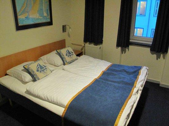 Hotel Maritime: Room