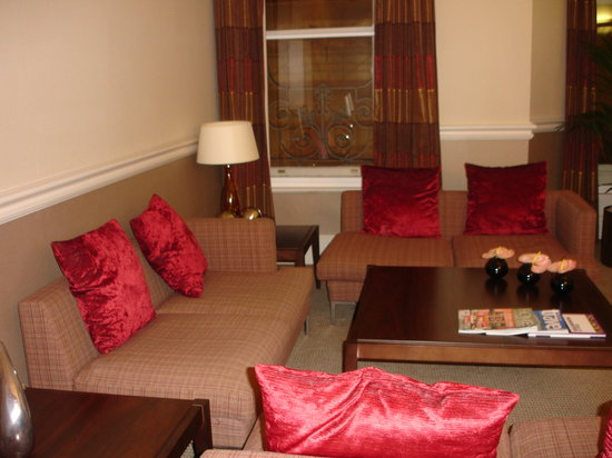 The Midland: sofa area of lounge