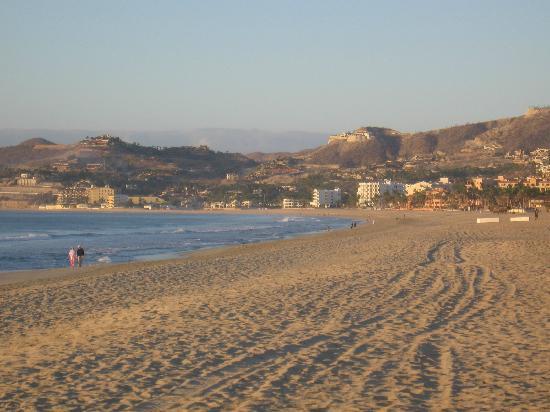 Posada Real Los Cabos: walk for miles