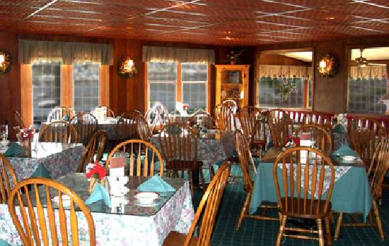 The Pump House Restaurant: Main Dining Room