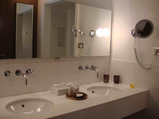 Alma Barcelona: Cuarto de baño