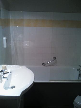 Residence Les Palatines: salle de bain