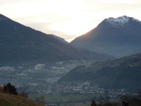 Gasthof Kreuz Bergpension: Blick vom Hotel