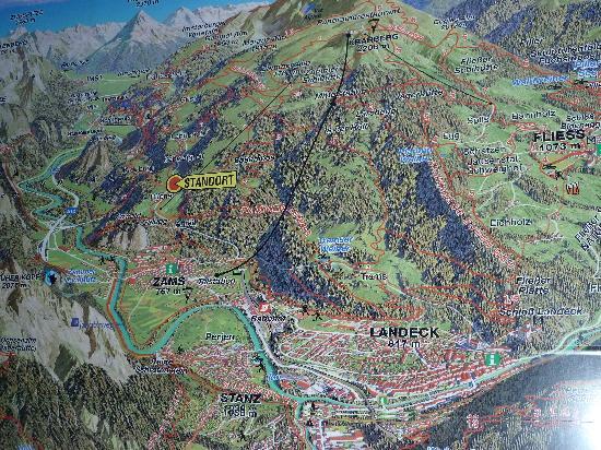 Gasthof Kreuz Bergpension: Lage des Gasthof Kreuz beim roten Pfeil