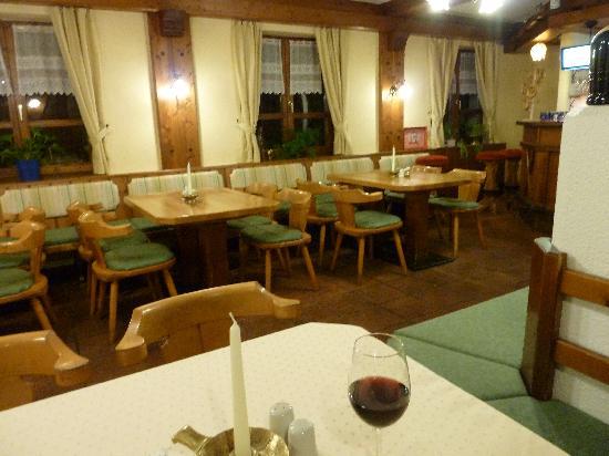 Gasthof Kreuz Bergpension: Restaurant Gasthof Kreuz