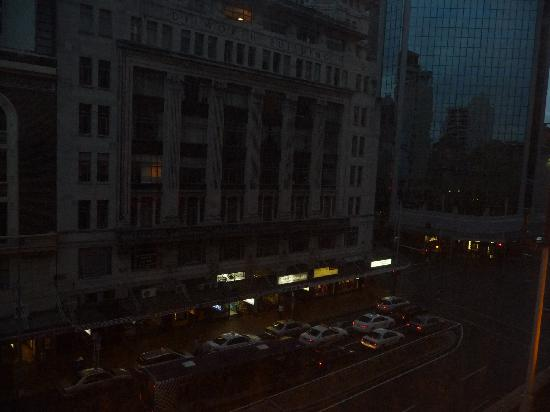 Mercure Auckland: Night view of street from our room.