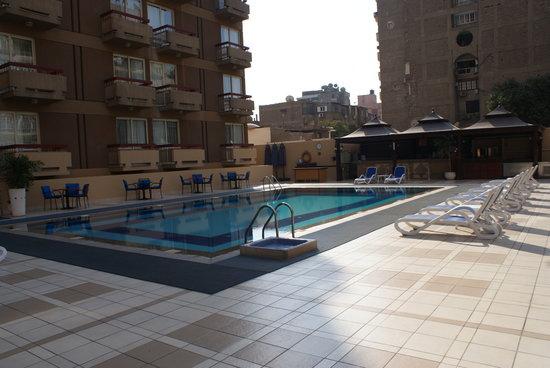 Safir Hotel Cairo: Hotel Pool