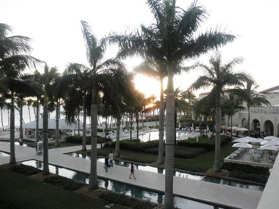 Casa Marina Key West, A Waldorf Astoria Resort : Another sunset view from our private balcony