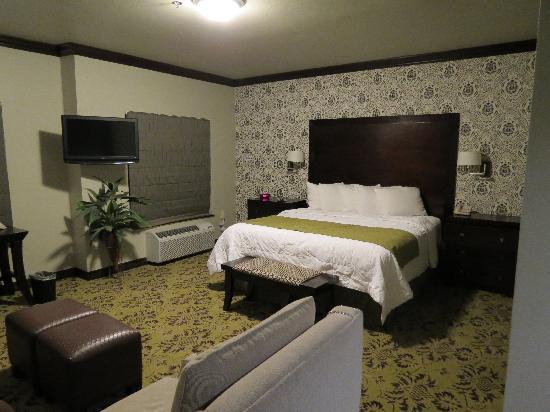 Hawthorn Suites by Wyndham Lubbock: 客室です