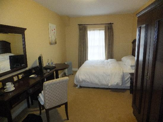 Lismore House Hotel: Room 210