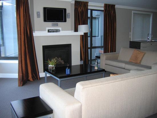 Oaks Shores: Lounge area