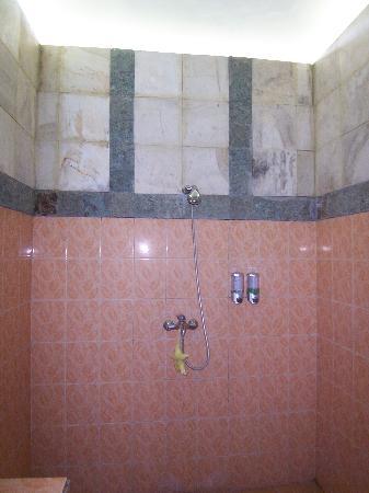 Meriki: la doccia