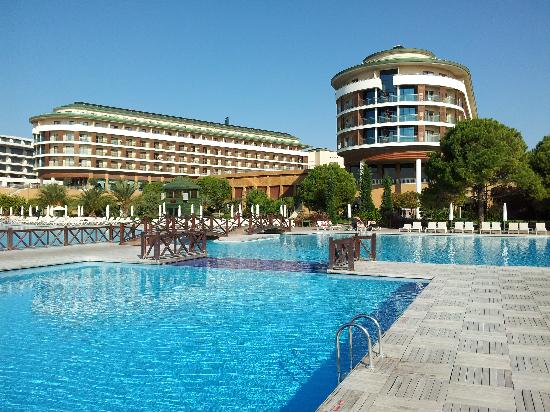 Voyage Belek Golf & Spa: The main pool