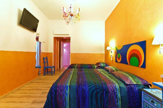 Dream Station: Orange Room