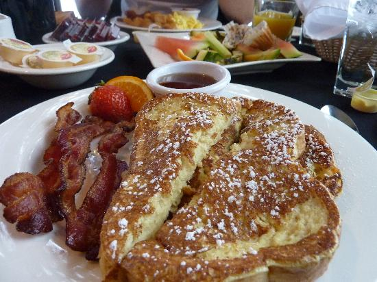 Bayview Wildwood Resort: delicious breakfast