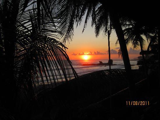 Hotel Tekuani Kal: Sunset from balcony