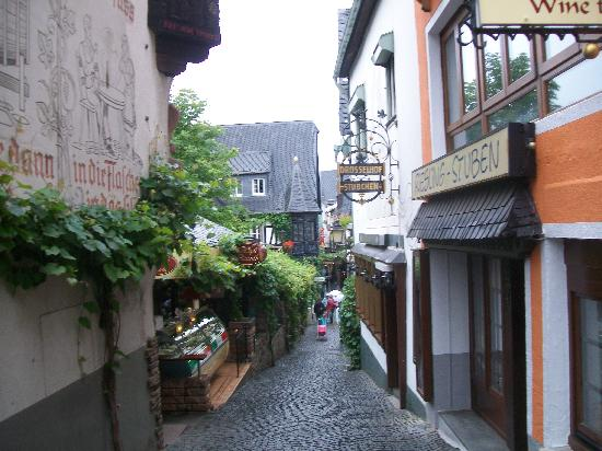 Drosselgasse : Before tourist time