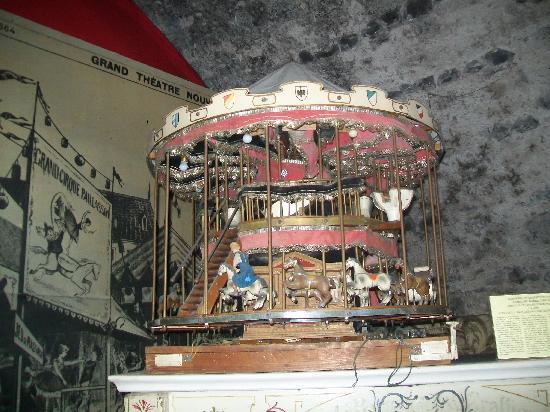 Siegfried's Mechanisches Musikkabinett: Carousel spieluhr