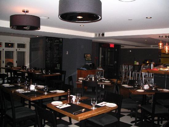 1640 Bistro: Restaurant