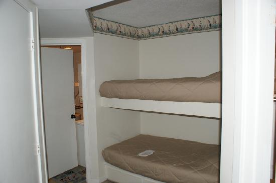 One South Lumina: Bunk Beds-Twin Size