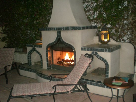 El Morocco Inn & Day Spa: One of the outdoor fireplaces
