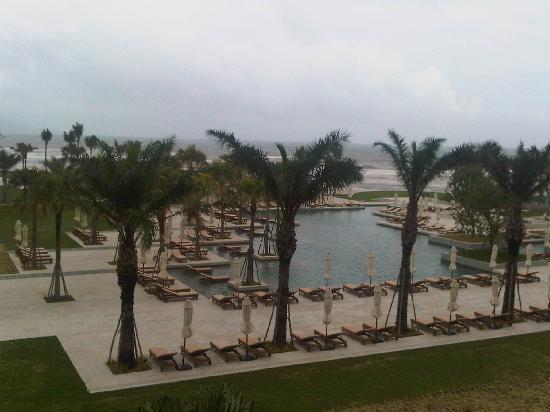 Hyatt Regency Danang Resort & Spa: View from the Room