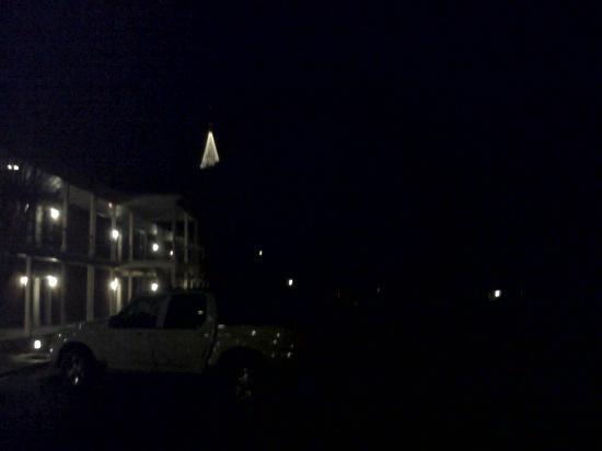 Stone Mountain Inn: The mountain at night