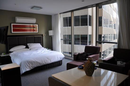 Meriton Serviced Apartments Campbell Street: Room