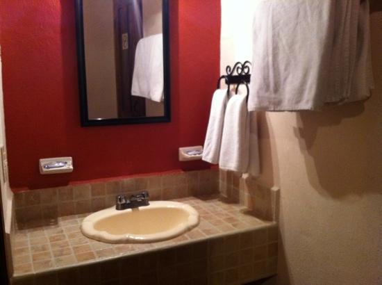 Hotel Casa Margarita: baño