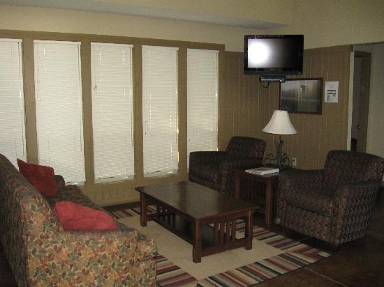 South Toledo Bend State Park: Living Room