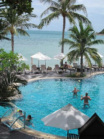 Nora Beach Resort and Spa: The pool and beach beyond