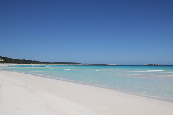 Hamelin Bay Beach