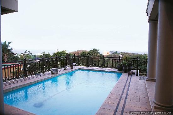 Tega Tata Lodge: View from the sun deck