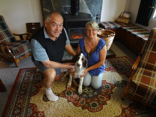 The Ferry Bed & Breakfast: Glenys and Kevin mit Buckley