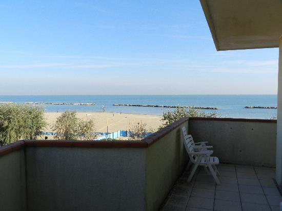 Viserba, Italie : view from the double room