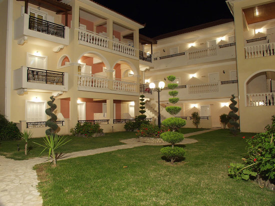Venus Hotel & Suites: our gardens