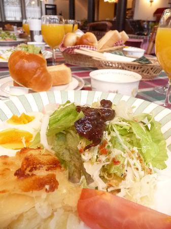Mountain Resprt Marganta: 朝食