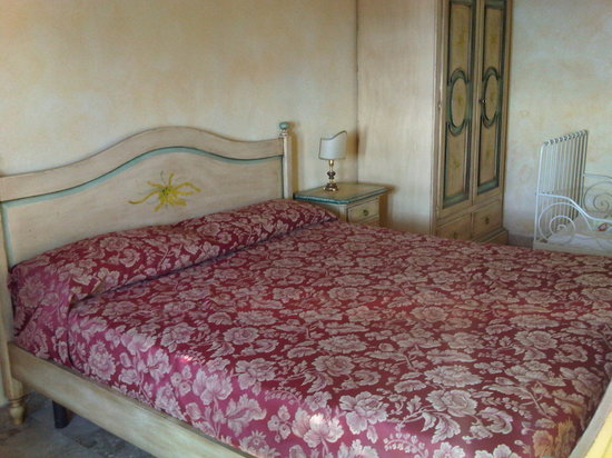 Agriturismo Le Pale: Double bed