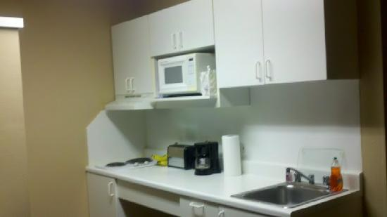 Extended Stay America - Chicago - Gurnee: Apart from no oven great lil kitchen!