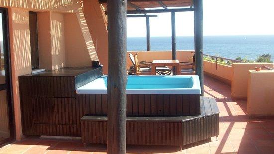 Dom Pedro Marina: Hot tub