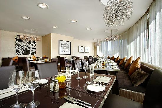 Sheraton Stockholm Hotel: Restaurant 360