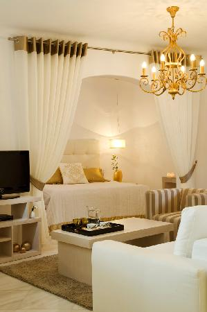 Gold Suites: Suite interior